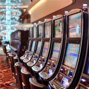 Veikkaus vähentää peliautomaattiensa määrää